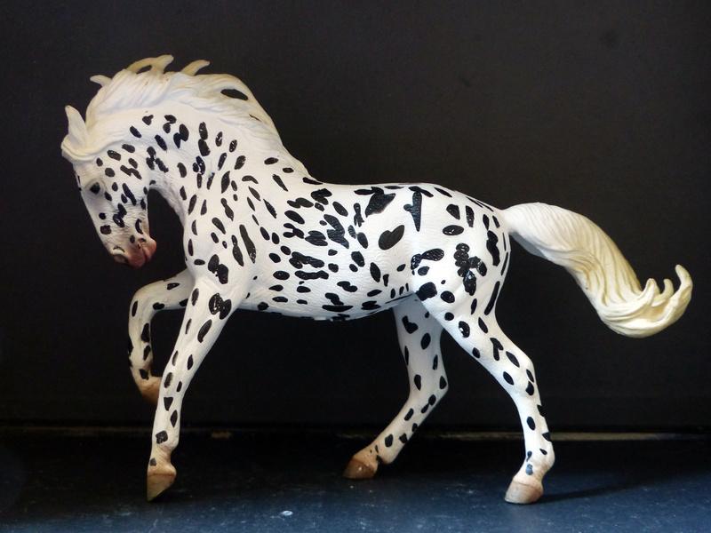 Schleichs en Vrac! (et autres chevaux à l'échelle) P1300512
