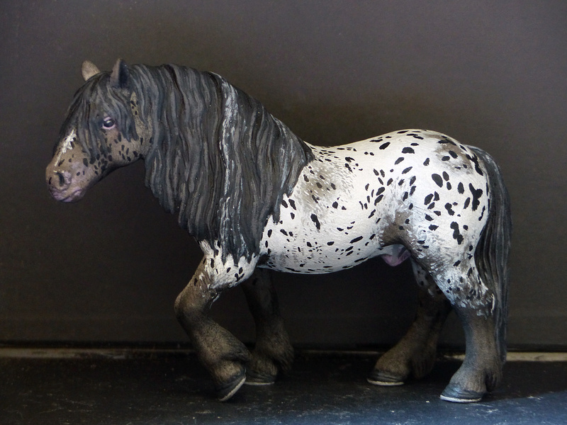 Schleichs en Vrac! (et autres chevaux à l'échelle) P1300514