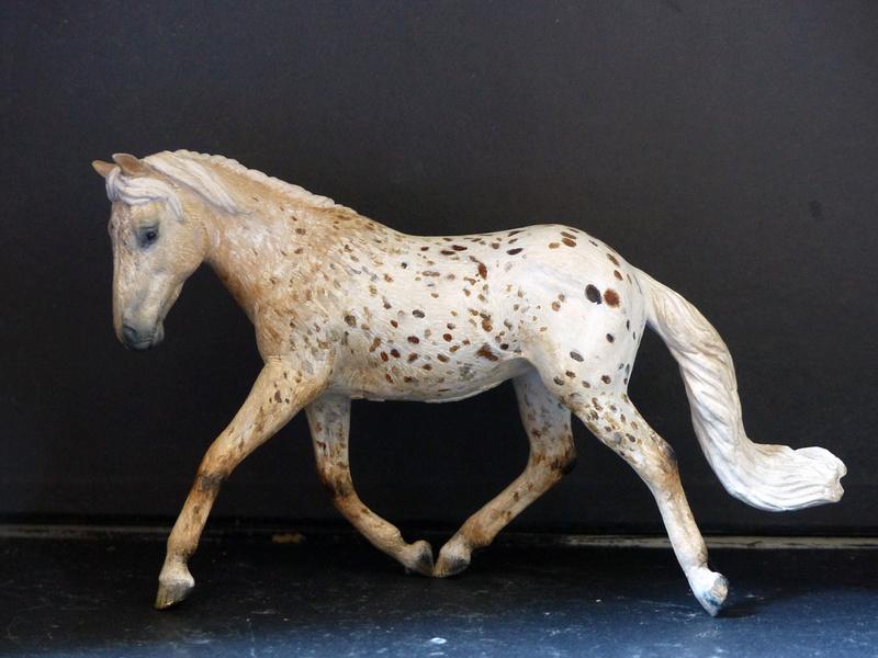Schleichs en Vrac! (et autres chevaux à l'échelle) P1300515