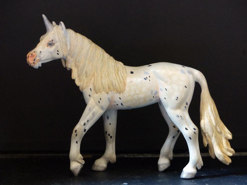 Schleichs en Vrac! (et autres chevaux à l'échelle) P1300517