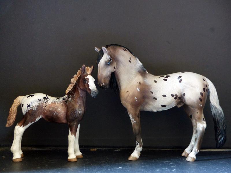 Schleichs en Vrac! (et autres chevaux à l'échelle) P1300518