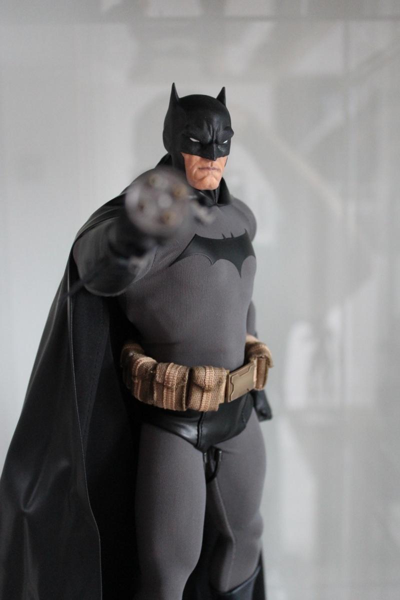DC - Gotham Knight - BATMAN Img_2912
