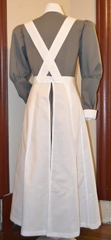 [Histo] Infirmière anglaise 1914-1918 : tablier _dsc0211