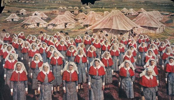 [Histo] Infirmière anglaise 1914-1918 : cape Nurses10