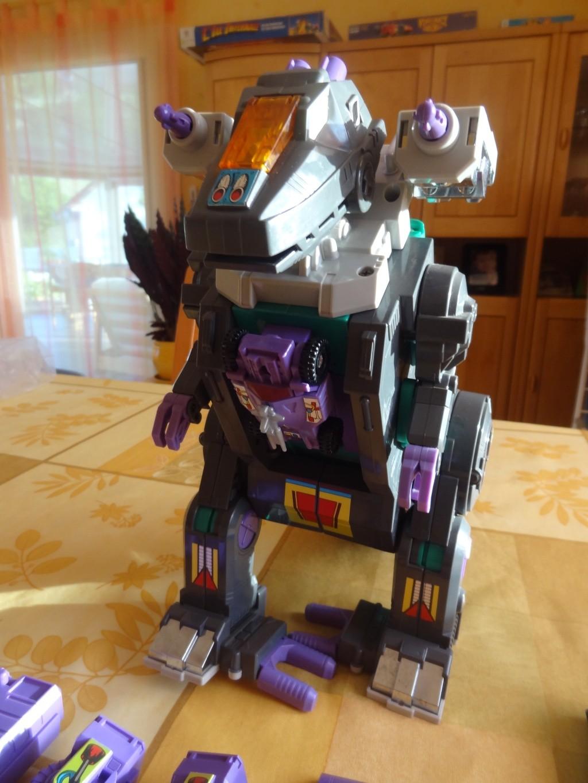 L'alliance Gobots/Transformers débarquent dans le 71 ! - Page 15 Dsc05813
