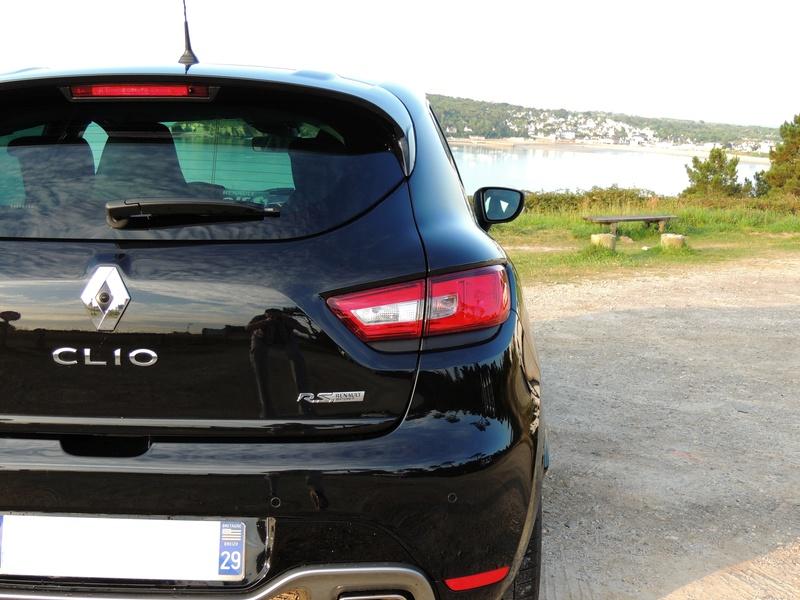 Clio RS IV Trophy noire (nouvelles photos) Dscn3412