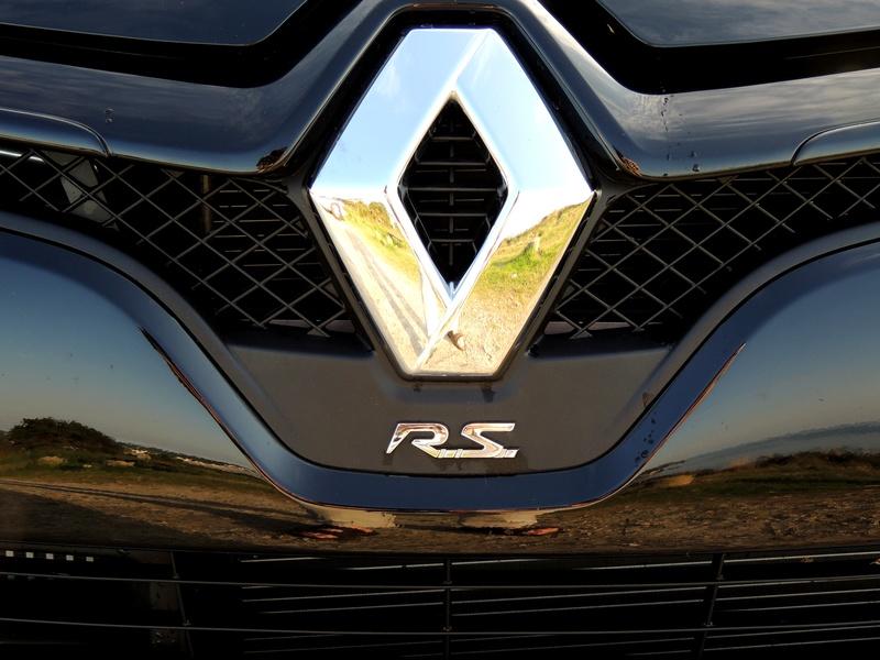 Clio RS IV Trophy noire (nouvelles photos) Dscn3416
