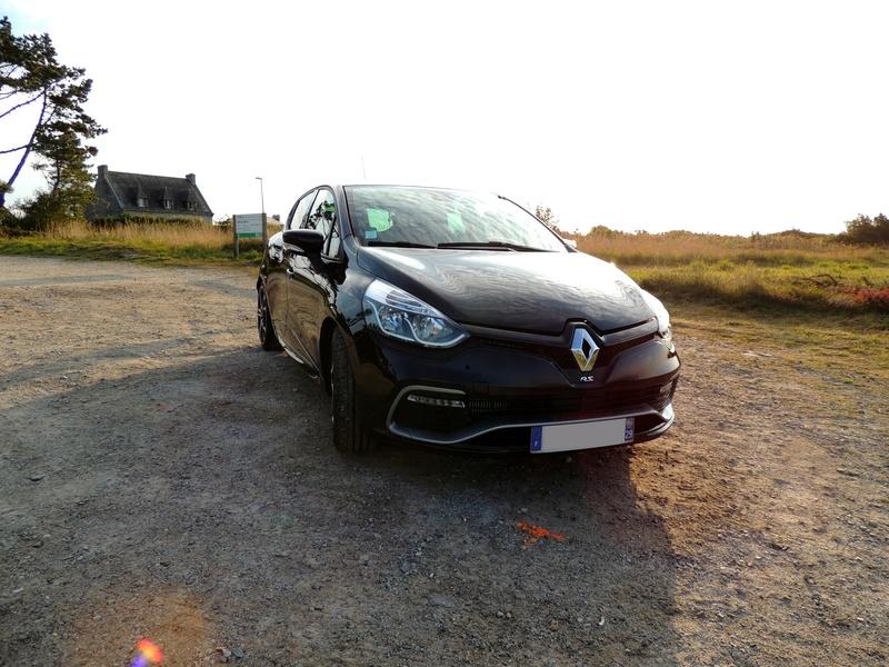 Clio RS IV Trophy noire (nouvelles photos) Dscn3418