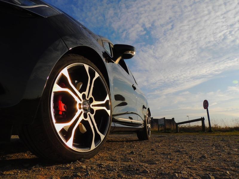 Clio RS IV Trophy noire (nouvelles photos) Dscn3421