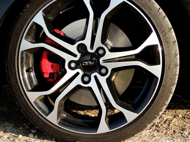 Clio RS IV Trophy noire (nouvelles photos) Dscn3422