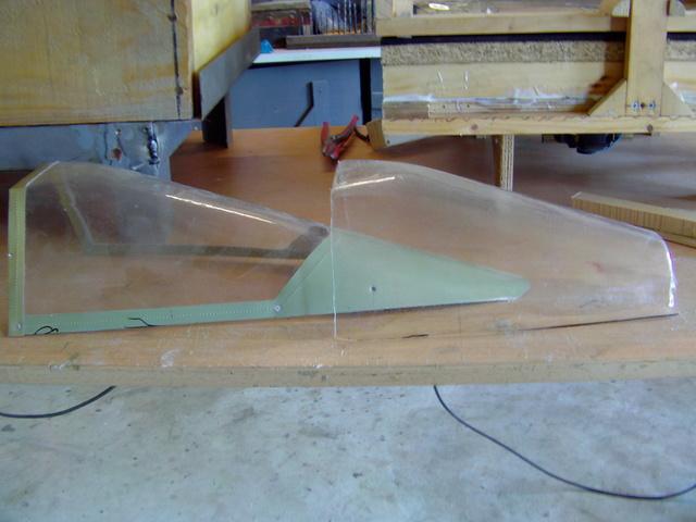 La machine à thermoformer les verrièrres d'avions, ou tout autres formes. - Page 2 Imag0278