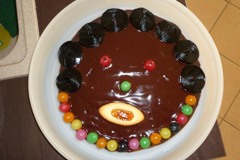 Tête de gâteau - gâteau-tête - Page 3 P1010110