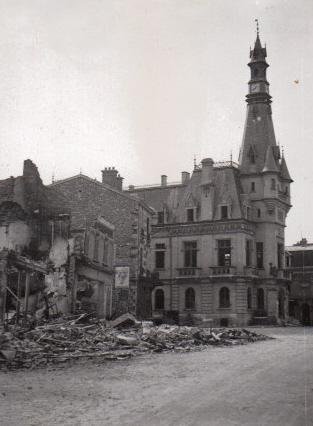 L'Hôtel de Ville : Histoire & Transformations d'un Edifice Public Mairie10