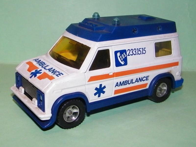 N°3021 Ambulance  3021_a10