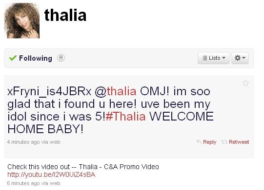 i Thalia afise video tou fan club mas sto Twitter tis Thalia12