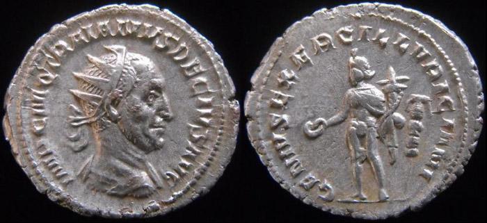 Trajan Dèce - Page 3 Genius10