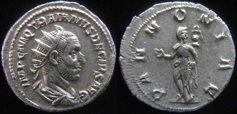 Trajan Dèce - Page 3 Pannon10