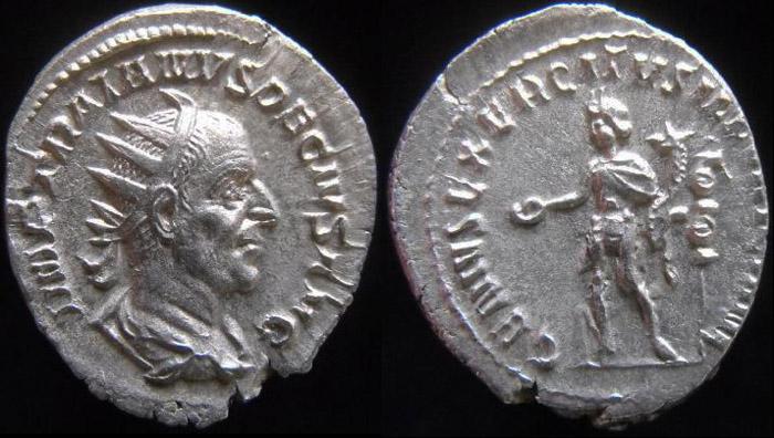 Trajan Dèce - Page 3 Premie14