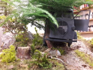Perte de contrôle - Peugeot DMA Azimut + figurines Tamiya - 1/35 20191117
