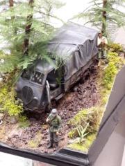 Perte de contrôle - Peugeot DMA Azimut + figurines Tamiya - 1/35 20191210