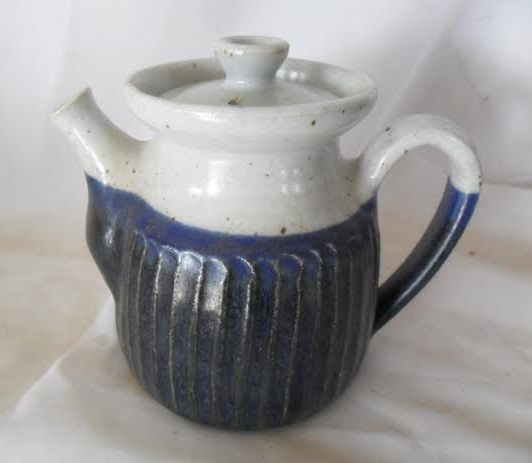 This teapot was not made by Danny Moorwood.  Any ideas who made it? Danny_10