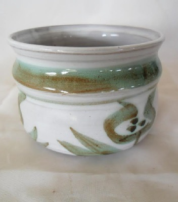 White Horse Pottery PJG is Patrick Gaze from Nelson White_10