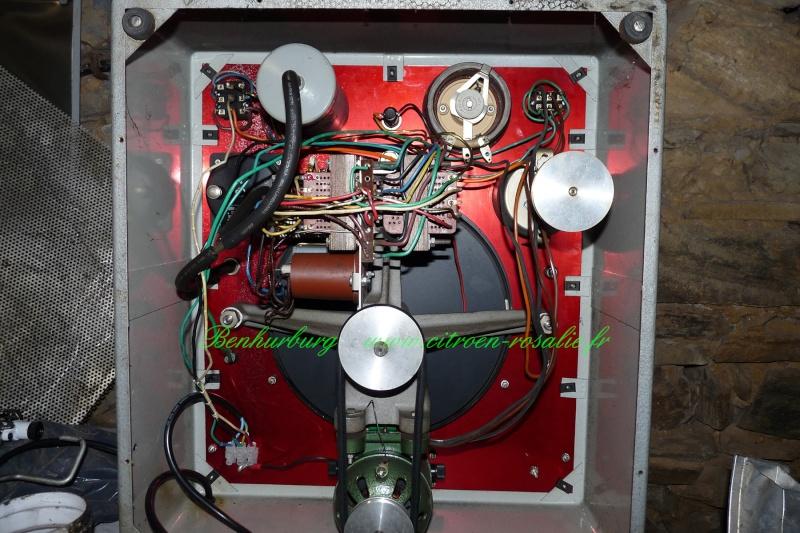 Banc Souriau 1263 ou 1264 : remplacement de la lampe par des leds. P1080320
