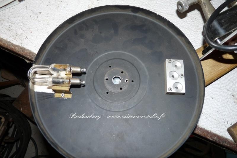 Banc Souriau 1263 ou 1264 : remplacement de la lampe par des leds. P1080414