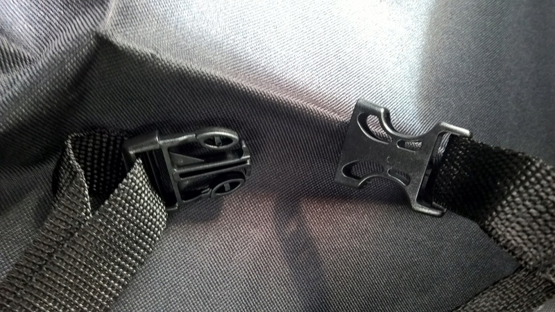 PROTECTIVE REAR SEAT COVER Wp_20200
