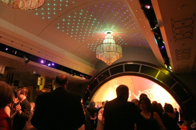 Random Photos of QM2 and Leaving NYC Dancin10