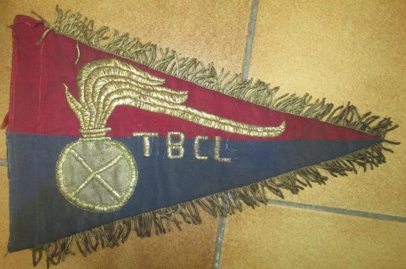 Drole de fanion TBCL,Italie? Img_8410