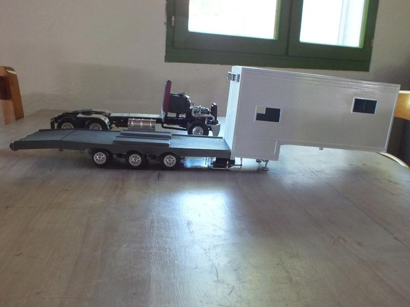 Revell Truck Racing Transport Dscf0067
