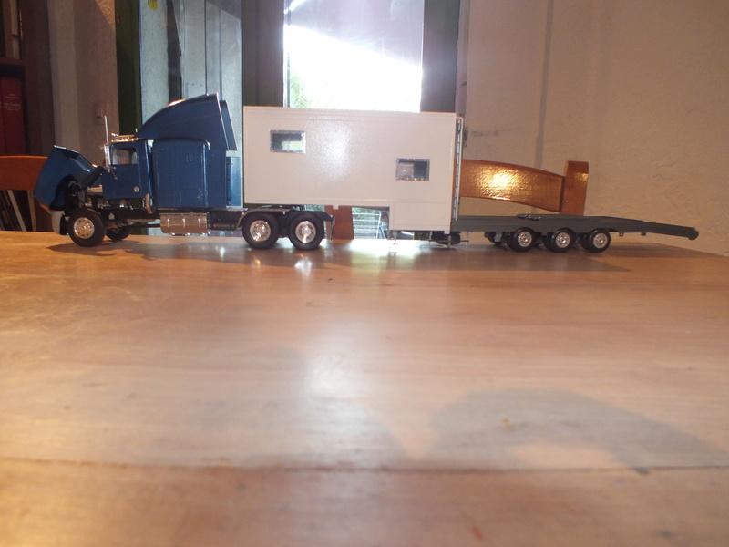 Revell Truck Racing Transport Dscf0074
