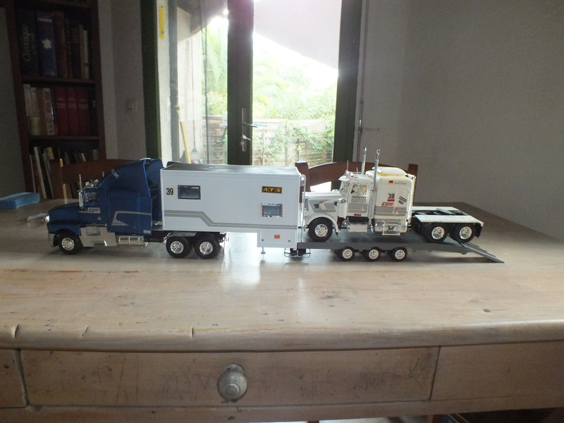 Revell Truck Racing Transport Dscf0075