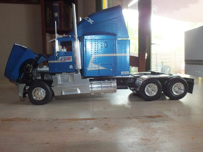Revell Truck Racing Transport Dscf0087