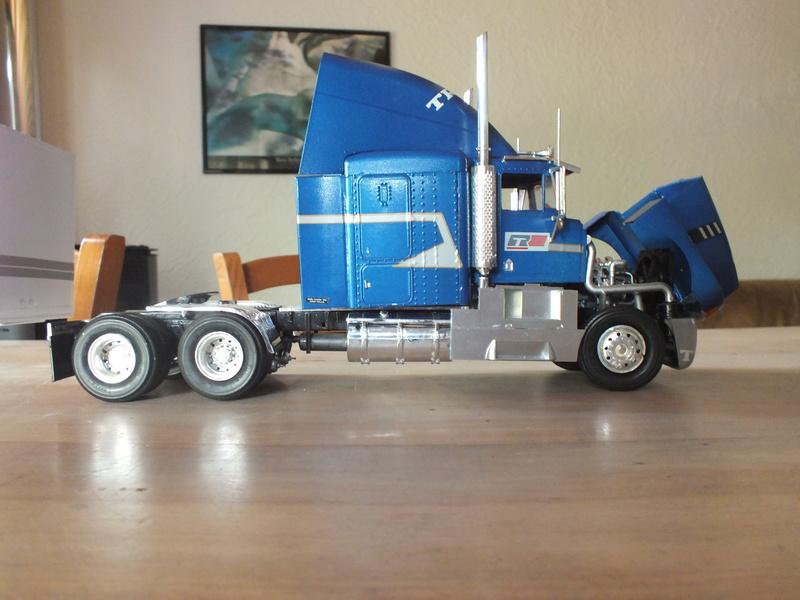 Revell Truck Racing Transport Dscf0088