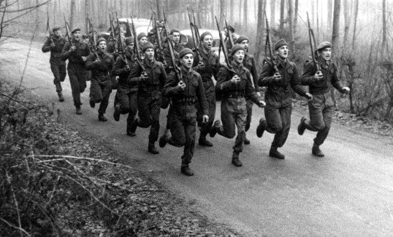 L'épopée des SAS Belges et de leur leader, le Cpt « BLUNT » BLONDEEL  - Page 2 030_sp10