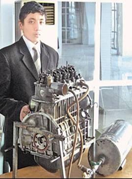 """صبي أوزباكستاني يخترع """"أفضل محرك 114"""