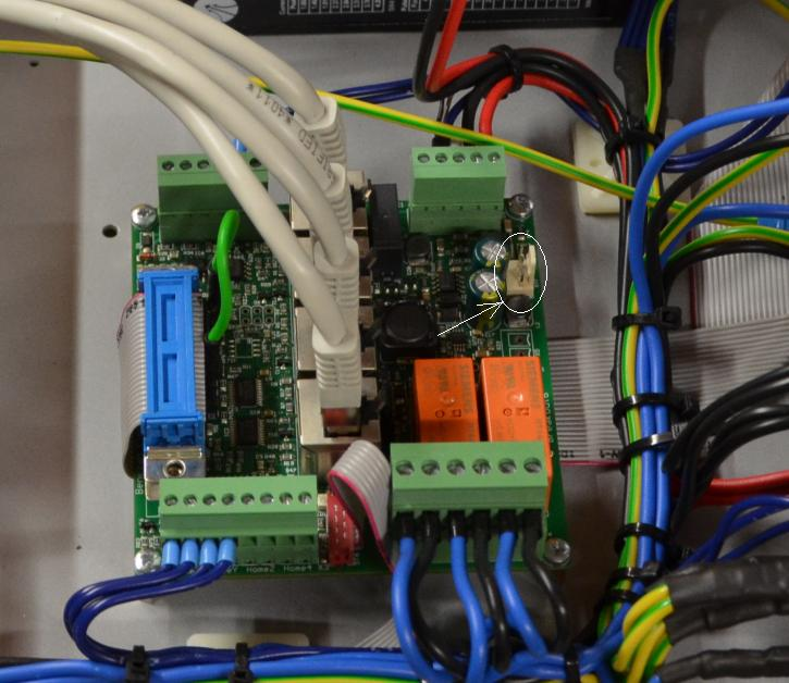 Portique BZT en cours d'installation - Page 2 Connec10
