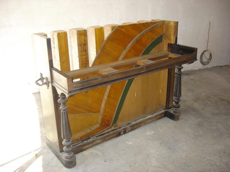 un piano bar.. Dsc00711
