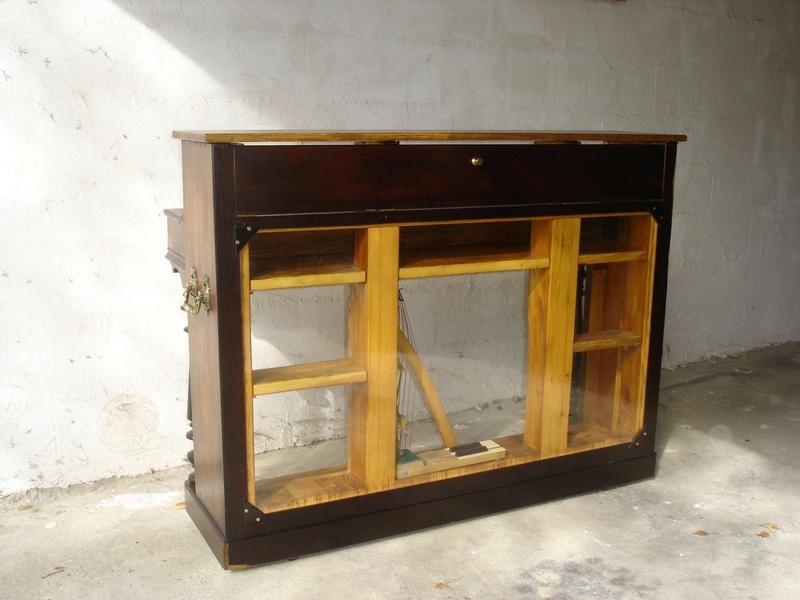 un piano bar.. Dsc00815