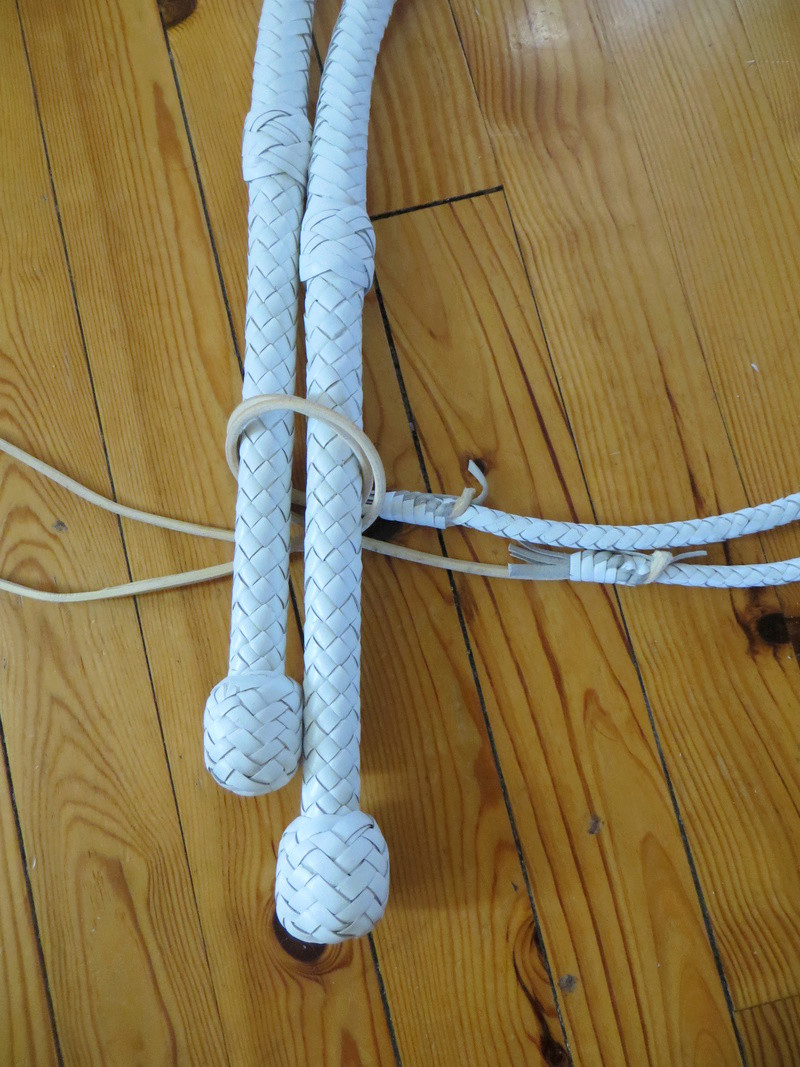5 ft WHITE COWHIDE BULLWHIP PAIR Img_6412