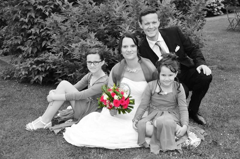 Photo en noir et blanc avec motif couleur Eb_01410
