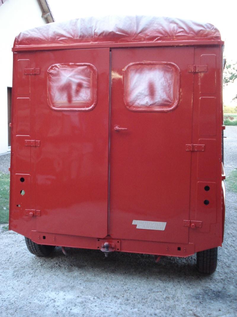 """Présentation & Restauration : HZ ambulance pompie rcarrosserie """"Drouville et Carrier"""" Dsc02115"""