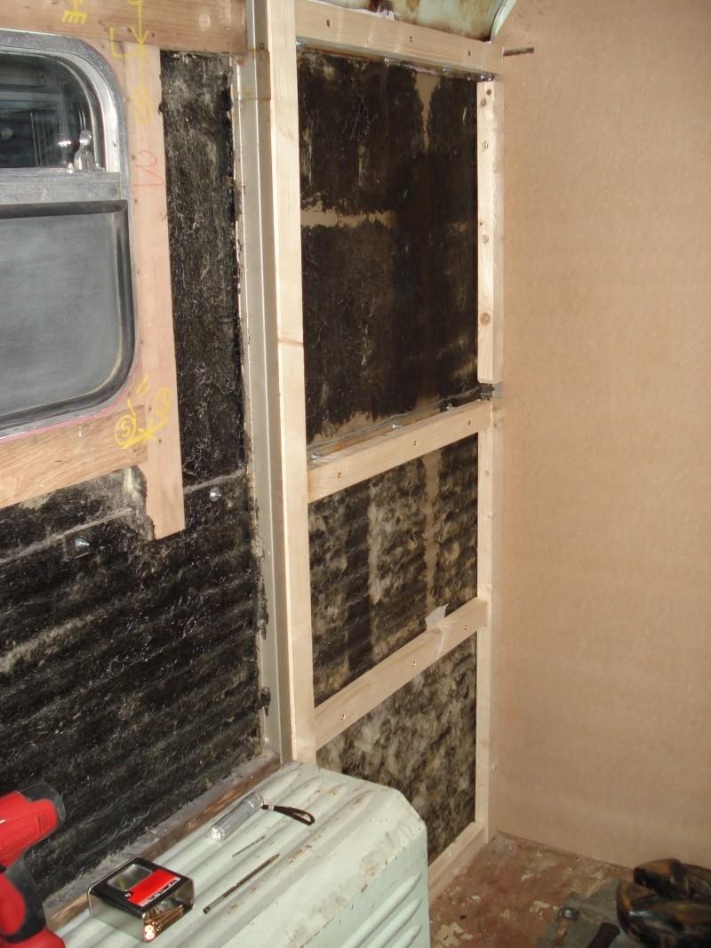 """Présentation & Restauration : HZ ambulance pompie rcarrosserie """"Drouville et Carrier"""" - Page 2 Dsc02128"""