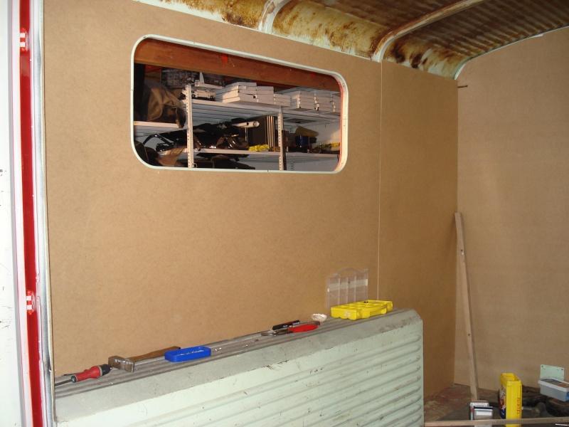 """Présentation & Restauration : HZ ambulance pompie rcarrosserie """"Drouville et Carrier"""" - Page 2 Dsc02131"""