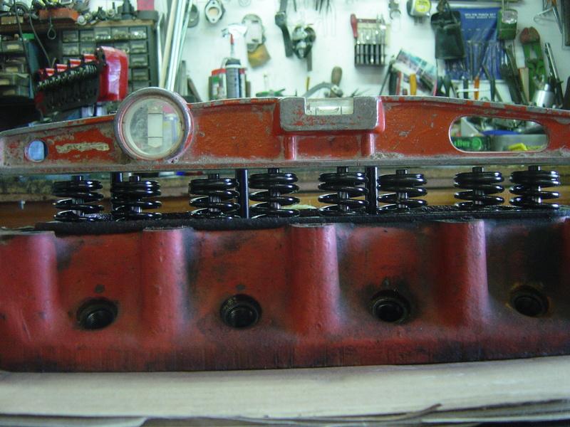 L'essence s /pb fait des ravages sur les sièges de soupapes  Dsc09212