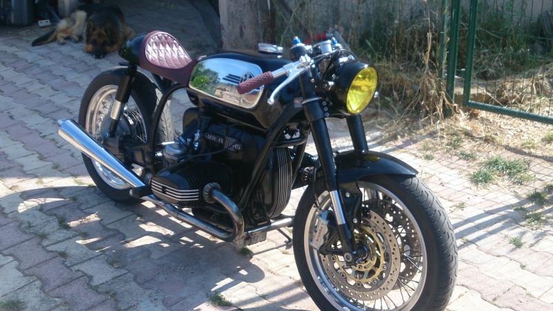 C'est ici qu'on met les bien molles....BMW Café Racer - Page 39 Dsc_2920