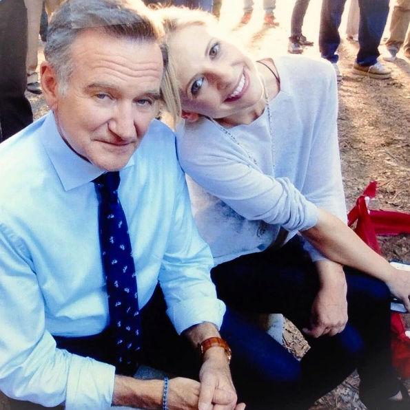 Sarah réagit au décès de Robin Williams Captu185