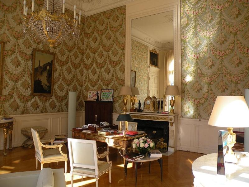 Un président chez le roi - De Gaulle à Trianon - Page 2 1024px10